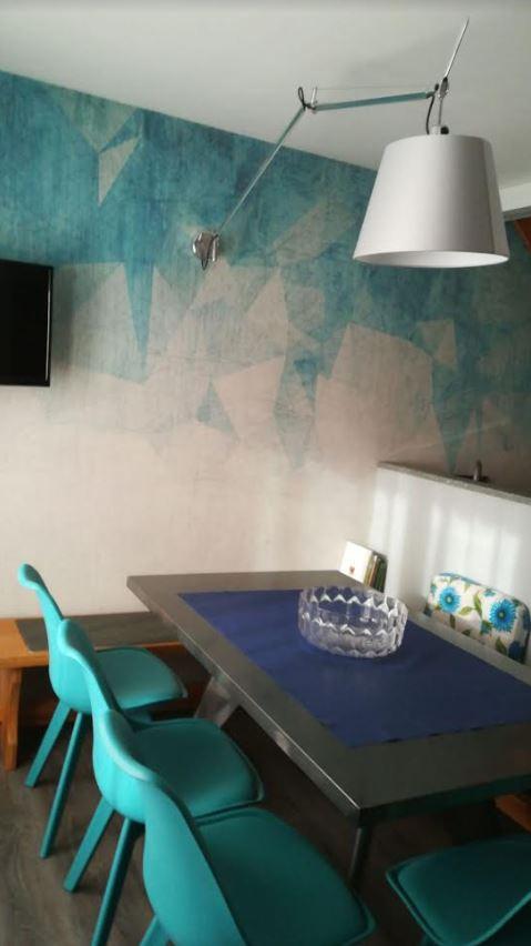 sedie tavoli panca sala genzianella