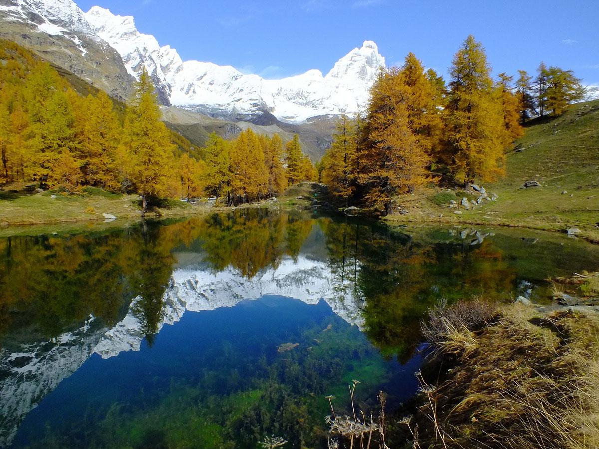 lago-blu-valle-daosta