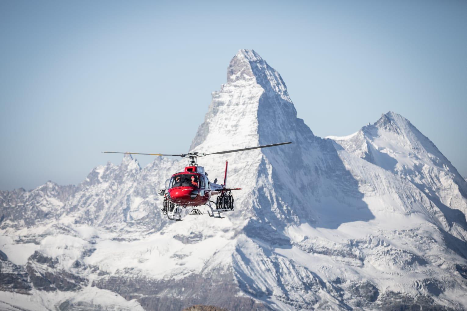 elicottero e cervino